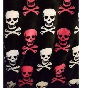 Betsey Johnson skull blanket